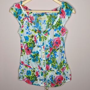 Hollister Short Sleeve Floral Button Down Blouse